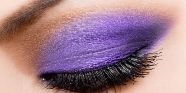 Miten tehdä smokey-eyes häämeikki violetilla?